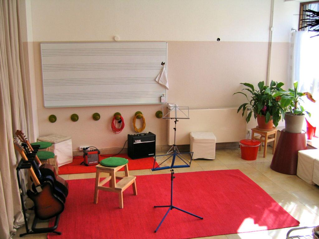 Unterrichtsraum in der Musikschule Quintenzirkel in der Schorndorfer Straße.